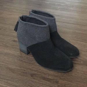 Toms Wool Gray and Black Heeled Booties